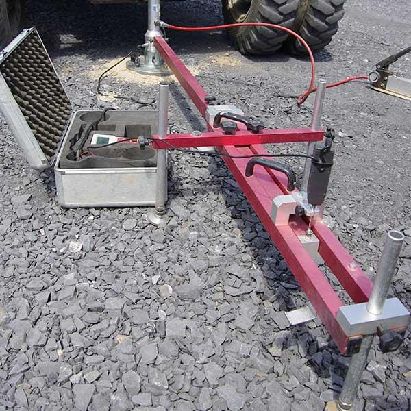 Felduntersuchungen Straßenbau